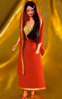 http://tweenscene.files.wordpress.com/2007/05/india-barbie1.jpg
